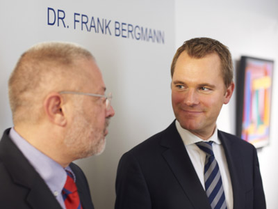 Dr. Frank Bergmann, Vorsitzender des Berufsverbandes Deutscher Nervenrzte (BVDN), im Gesprch mit Bundesgesundheitsminister Daniel Bahr