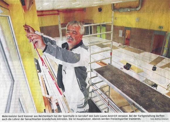 Malermeister Kaßner bei der Arbeit | Quelle: Sächsische Zeitung